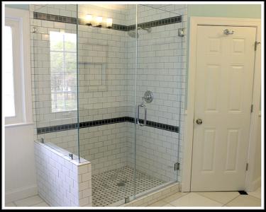 Những mẫu vách kính phòng tắm TPHCM